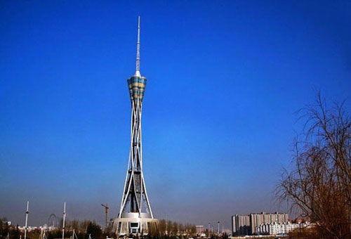 268米高空漫步体验世界上最高全钢结构塔
