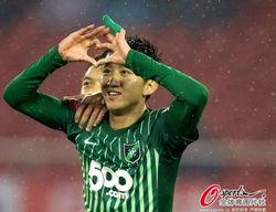 但是在租借加盟杭州绿城后,高迪出色的进攻天赋被彻底激发出来.
