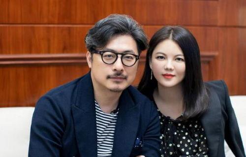 感情生变王岳伦退出李湘关联公司,十月底还在秀恩爱