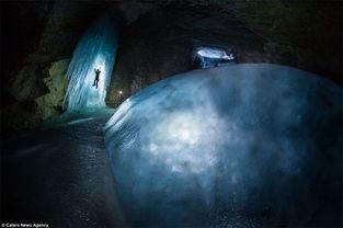 探险家探索落基山脉神秘洞穴 如入奇幻世界 高清组图