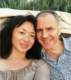 金星是男是女 看了素颜与老公的自拍照再说