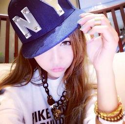 非常时尚的QQ女生网名 青春,明天在下线