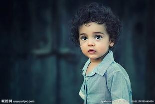 外国小男孩的真实生活图片