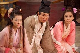 熊黛林(左一)与angelababy(右一)在戏中都是黄百鸣女儿