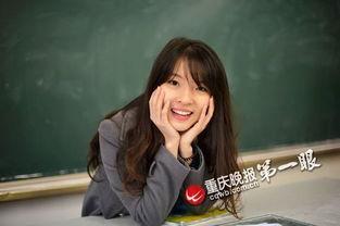 重庆90后美女英语老师酷似周慧敏受热捧 图