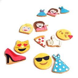 当emoji表情被做成饼干 撸主的险恶用心在最后