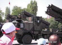 汉和土耳其曾购ws1火箭炮仿制出口中国不知情