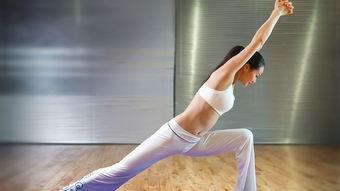 生理期可以练瑜伽英雄坐吗
