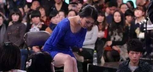 雷庆瑶不甘心,报名参加《非诚勿扰》,大胆追爱的雷庆瑶让观众为之喝彩,是啊,没
