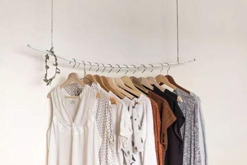 扔掉破旧衣服会影响运程吗(旧衣物送人或卖掉会影响自己的运程吗)