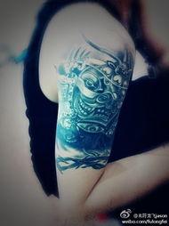 同问符龙飞右手手臂上的纹身图腾是什么纹身