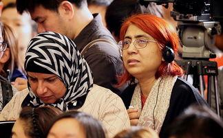 全国政协十二届四次会议首场发布会上的外媒记者