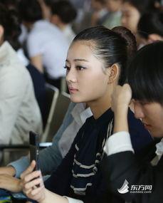 东航2015空姐招聘现场美女云集