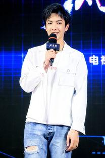 董岩磊加盟电视剧 风暴舞 首次挑战狠辣角色