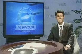 在《今日说法》的演播台上,撒贝宁还是那个一本正经的撒贝宁。