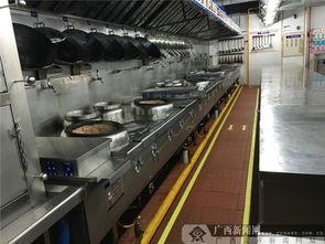 南宁肥仔打造 4D厨房 推行 明厨亮灶 助力创城