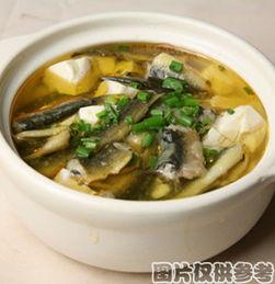 海参炖瘦肉(花胶海参石斛炖瘦肉)