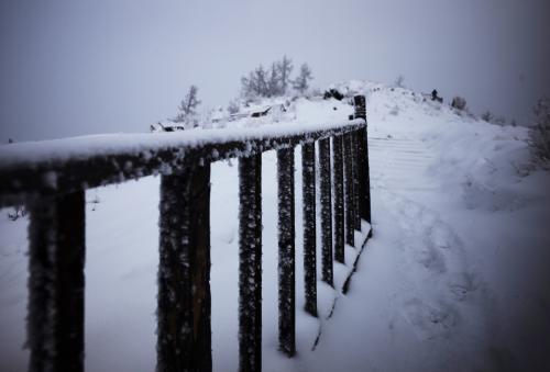 描写冬天的诗句五字古诗