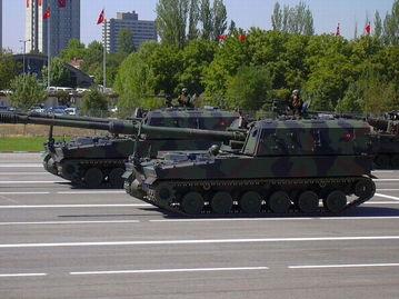 图为韩国出口土耳其k9自行火炮.