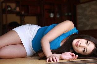美女图片韩国性感丝袜美女写真全身一件不留美乳翘臀美腿诱惑