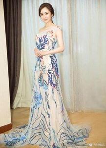 杨幂中国风长裙太惊艳,但因一个小细节被吐糟太假