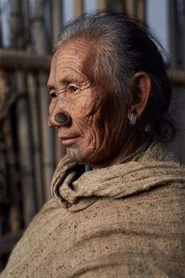 丨域外人文丨摄影师带你走进世界上鲜为人知的部落