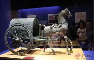 来自贵州省博物馆的东汉铜车马。