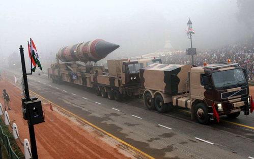 而印度此前违反国际协定私下研制核武器,之所以没有受到制裁,是因为承诺不会率先动用核武。