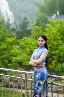 据说穿旗袍就能免门票,景区里拍到的那些旗袍美女