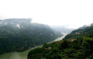 长江三峡的地理知识