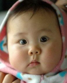 胖宝宝搞笑表情大对决