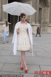 范冰冰霍思燕亮相巴黎时装周