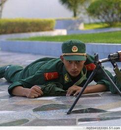 谁能给我好多特好看的军人的照片,要有霸气,要大