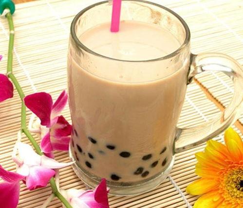秋天的第一杯奶茶是什么梗为什么喝奶茶易引起身体肥胖