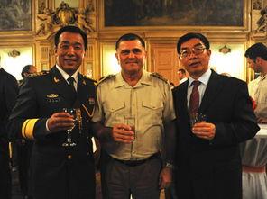 驻波黑使馆举办 八一 建军节招待会