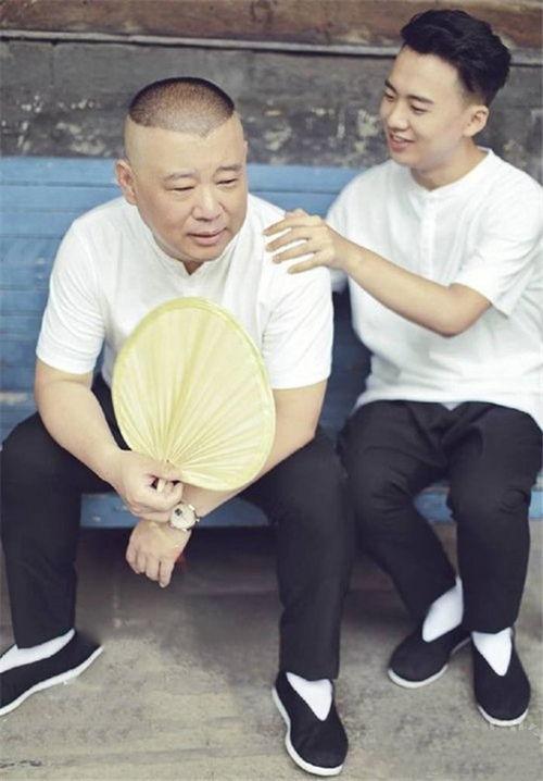 郭德纲与儿子郭麒麟.