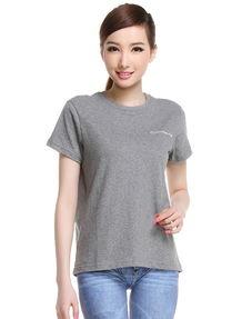 夏季怎样搭配女士短袖T恤