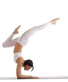 瑜伽的基础动作