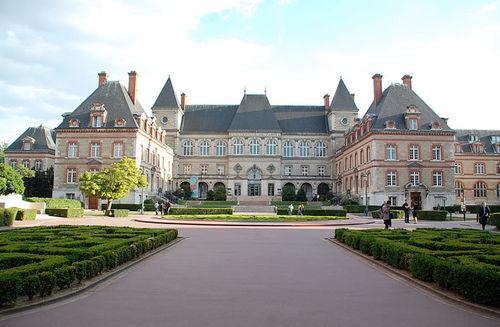 法国公立大学都有哪些娱乐设施