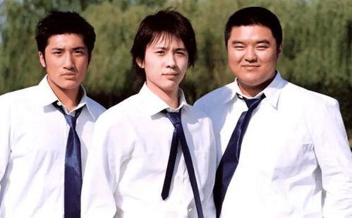 华语男歌手李智楠十八岁的天空主题曲红色石头