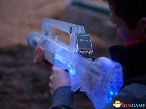 CS终于来到现实 激光标记枪在手 枪枪都爆头