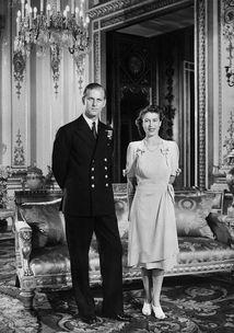 2017年11月18日,白金汉宫发布英女王伊丽莎白二世和菲利普亲王