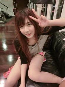泰国网红棒糖妹她的身材真的很不科学