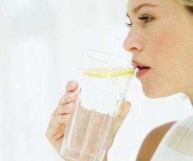 喝一杯柠檬水,有六个好处,女人一定要记住
