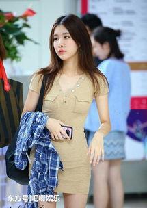 中文字幕紧身裙下载图片 纵览新闻