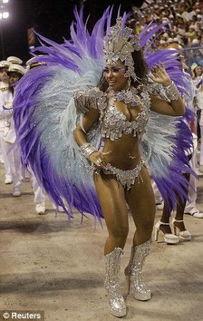 巴西 肥美星期二 狂欢 花车美女丰满性感