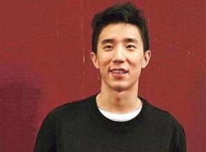 房祖名将北京受审成龙缺席