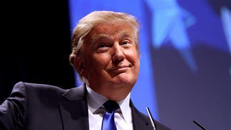 被问大选后是否会和平移交权力,特朗普那就得看看会发生什么了