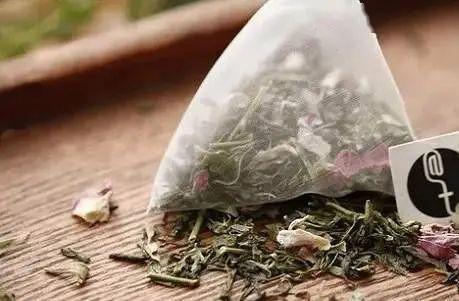 过期的茶叶土配和能养花吗