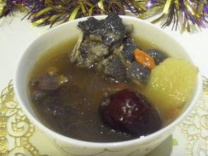 家常红枣枸杞炖乌鸡汤的做法